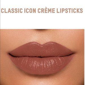 Classic Icon 1 Crème Lipsticks